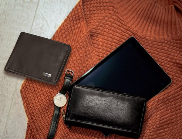 Two Different types of wallets